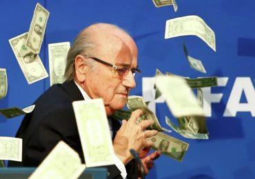 "La FIFA denuncia penalmente a su expresidente Joseph Blatter por ""gestión criminal"""