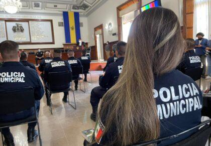 Reconocen la valentía de policías tapatíos