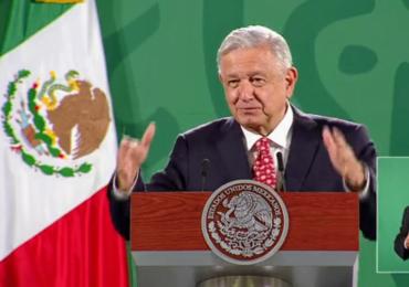 López Obrador: el incendio en un oleoducto submarino en el golfo de México fue un accidente